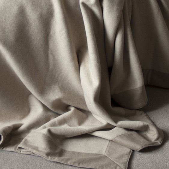 Extra large Cashmere Throw Otter